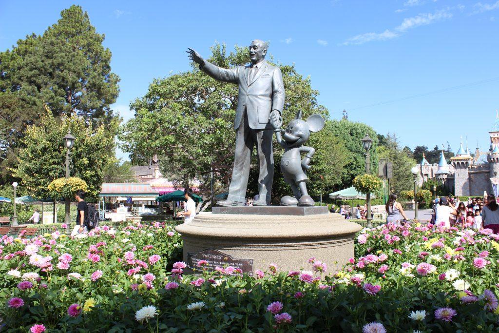disneyland and california adventure