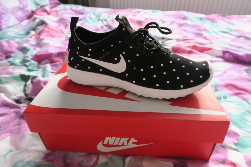 nike juvenate polka dot