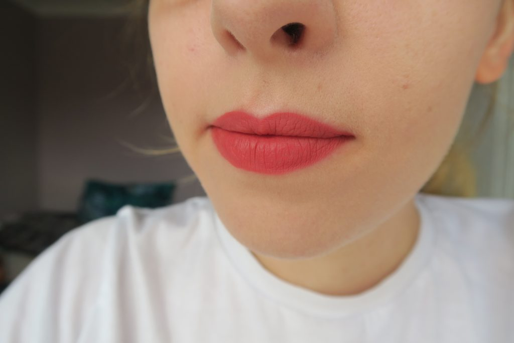 Bourjois Rouge Velvet The Lipstick