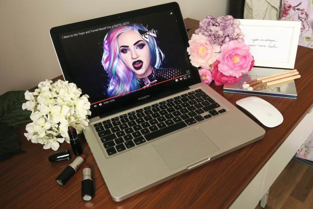 The Best YouTube Channels For Makeup & Beauty Addicts