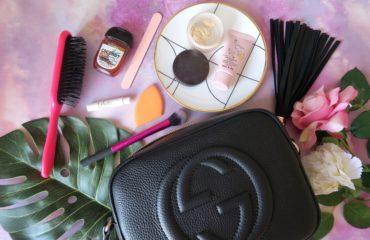 Best Beauty Essentials To Carry In Your Handbag