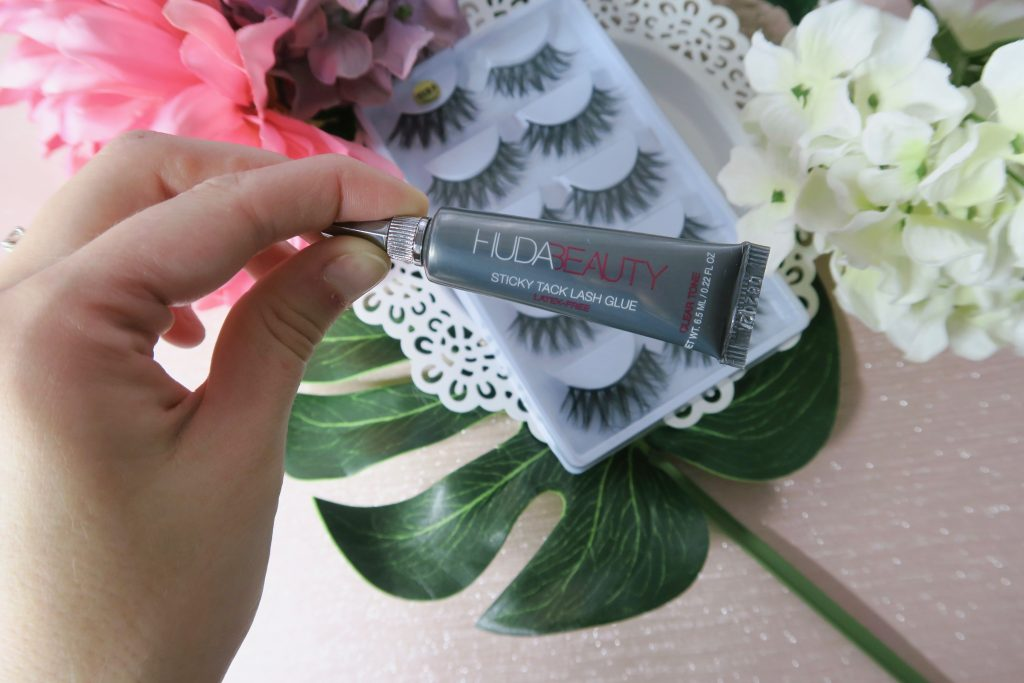 Huda Beauty Sticky Tack Lash Glue